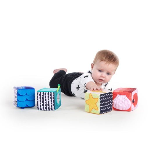 Baby Einstein - Cuburi moi Explore & Discover™